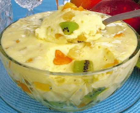 mousse de salada de frutas
