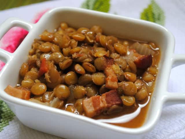 Lentilha com Bacon e Calabresa deliciosa