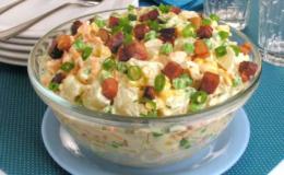 salada de batat e bacon