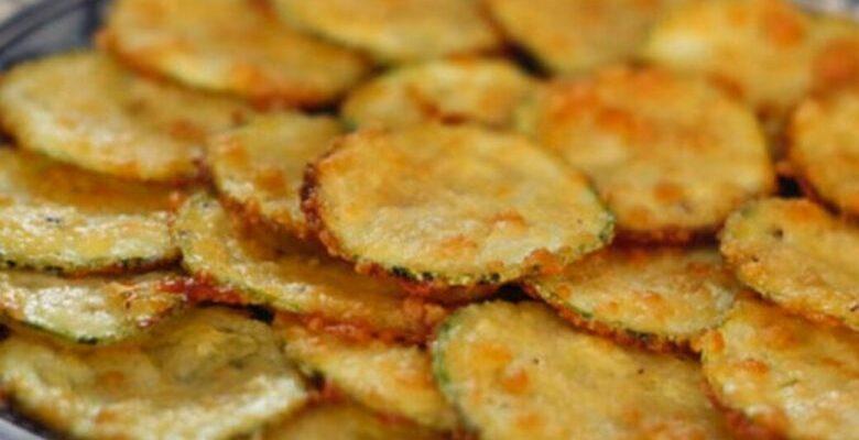 Chips de abobrinha crocante