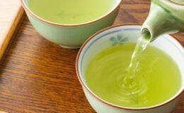 Chá relaxante para dormir profundamente e acordar bem revigorado