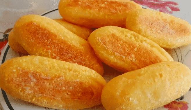 pãozinho de fubá
